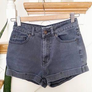 bullhead black jeans mom shorts sz 1